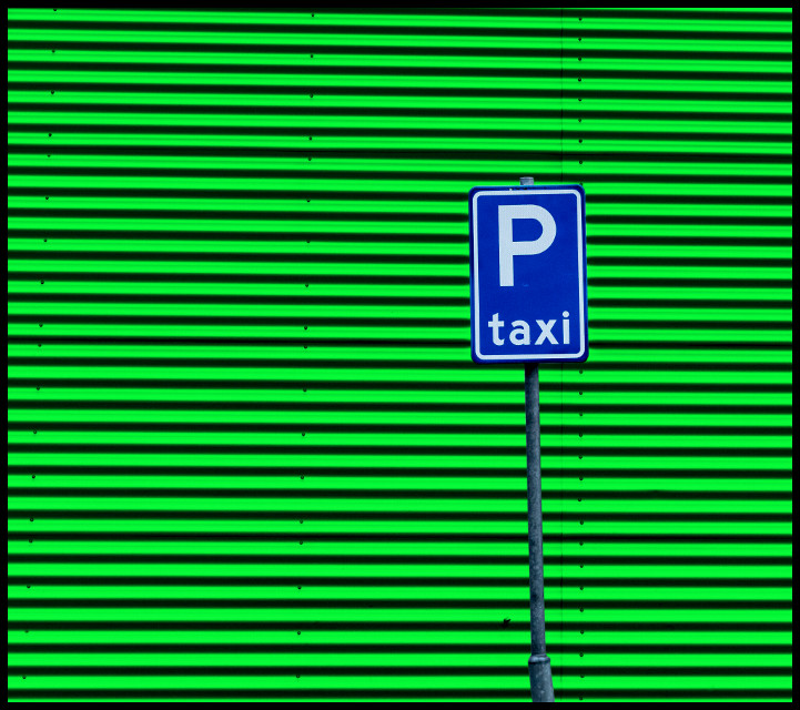 Taxi! #photography #colorful #abstract #Green #Taxi #Blue Street