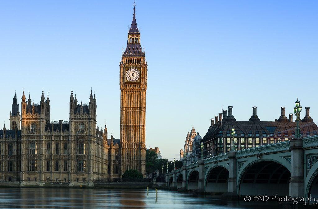 London at dawn #picsart #photography #landscape #landscapephotography #london #bigben #parliment #goldenhour #dawn #nikon #cityscape #city #england