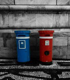 mailbox evora red blue blackandwhite